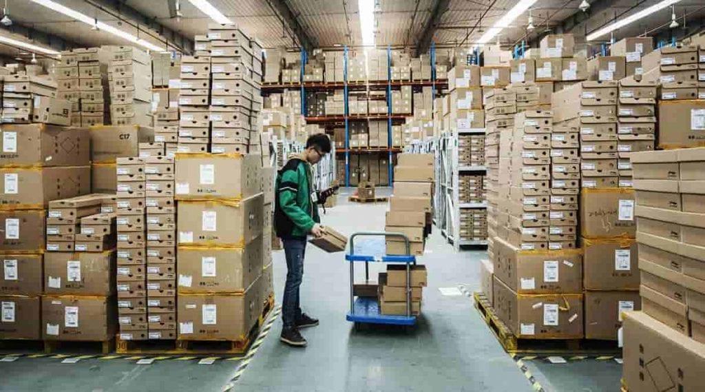 Aplikasi Sales dan Distribusi: Apa Manfaat Dan Contoh Fiturnya?